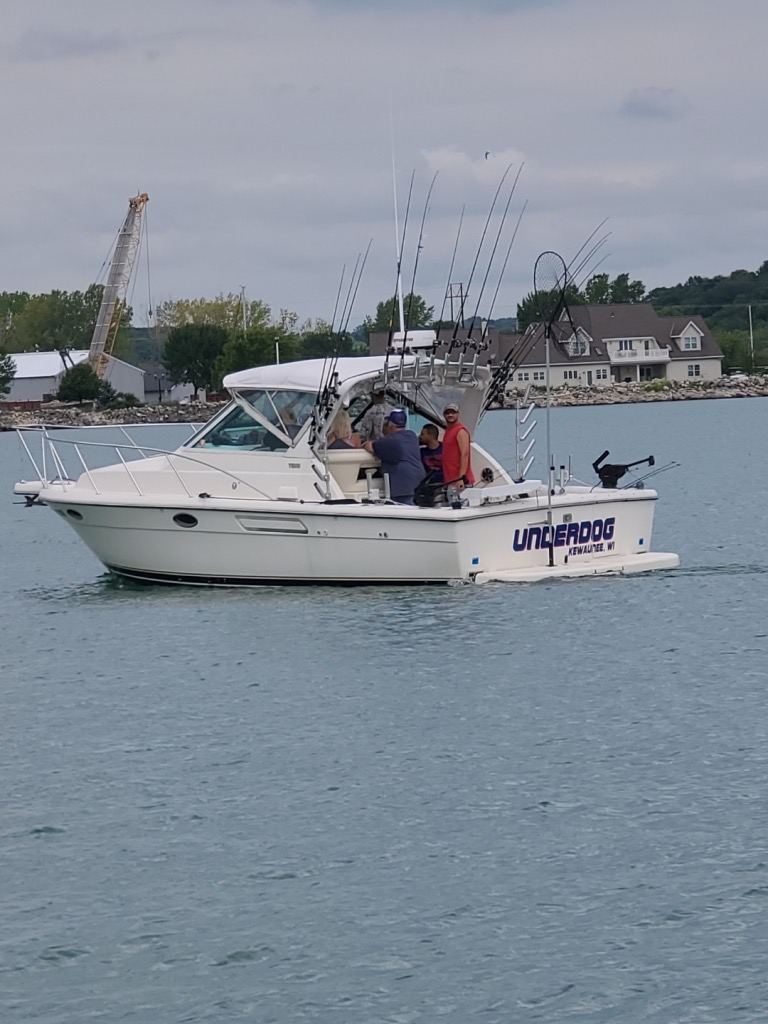 Lake Michigan Charter Fishing Boat UNDERDOG